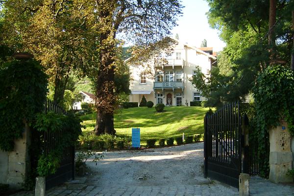 Villa Jordan mit Ferienwohnung