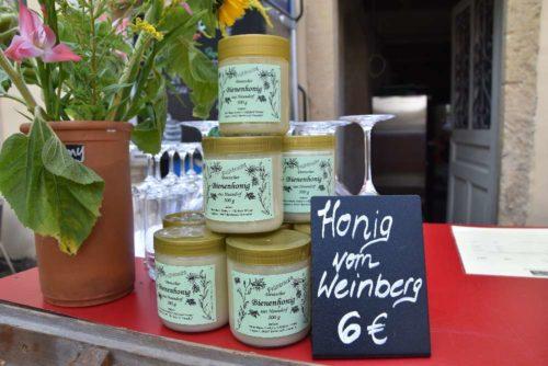 Honig von den Bienen aus unserem Weinberg